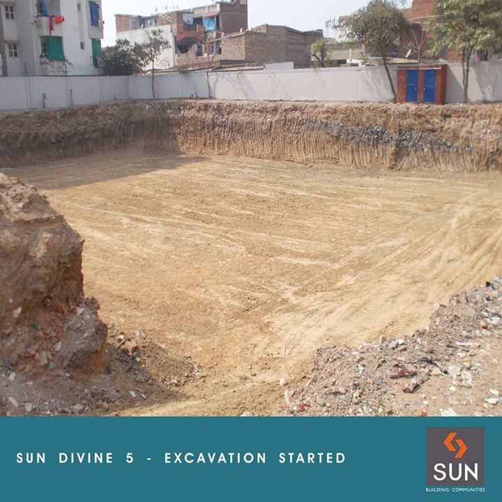 Sharing the photo of Sun Divine 5 at its excavation stage. Know more here: http://www.sunbuilders.in/upcoming_projects.html#