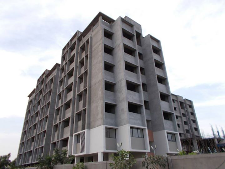 Have a look at the construction updates of #SunSimpolo at Bopal Shilaj Road. Know more: http://goo.gl/l8Q56Q