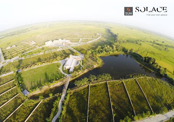 Invest in a life full of Nature & Beauty. Strategically located Residential plots & Weekend homes at Sun Solace!   Know more : http://sunbuilders.in/Sun-Solace/ #weekendplots #Realestate #ahmedabad