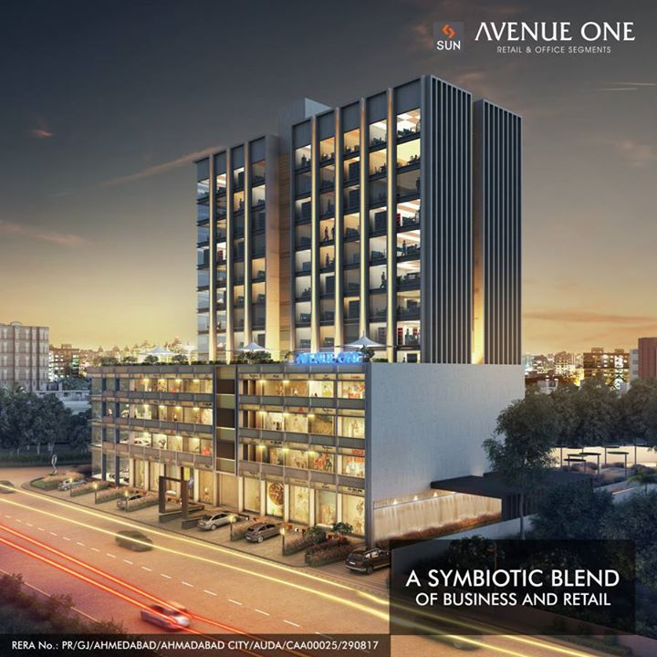 Sun Avenue in Manekbaug offers 4 storeys retail and 9 level business space creating a commercial synergy between Businesses and Retail to grow and uplifts one another.   Explore more: http://bit.ly/2tI4nDt #SunBuilders #Commercial #RealEstate #SunAvenue