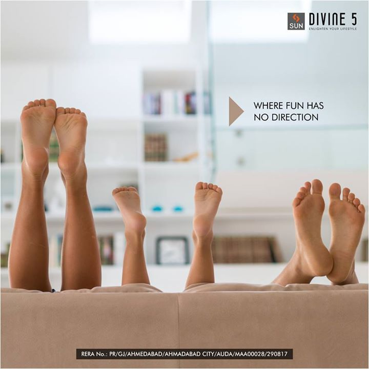 Sun Divine 5 at Ghatlodia is a space designed for a family that balances all your needs so you can have all the fun you want.   Find your happy place at: http://bit.ly/2h7Xsl5  #SunDivine #Sunbuilders #RealEstate #Residential