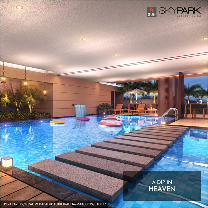 Take a rejuvenating swim in the pristine waters of pool created like a contemporary piece of art. Live the extraordinary life at amenity laden and luxurious Sun Sky Park at Bopal Circle. http://bit.ly/2v2Ychp  #SunBuilders #SwimmingPool #Residential #Luxury #Amenities #QualityLiving #SunSkyPark