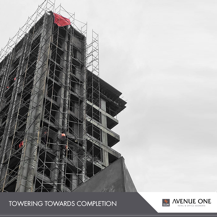 In order to stay true to our timelines, #AvenueOne is towering towards completion!   #SunBuildersGroup #RealEstate #SunBuilders #Ahmedabad #Gujarat