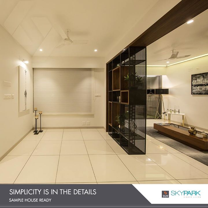 Interiors that bask in the simplicity of details!   #SunSkyPark #SunBuilderGroup #StylishInteriors #StylishAbodes #ChicInteriors #PicturesqueAbodes #Gujarat #India