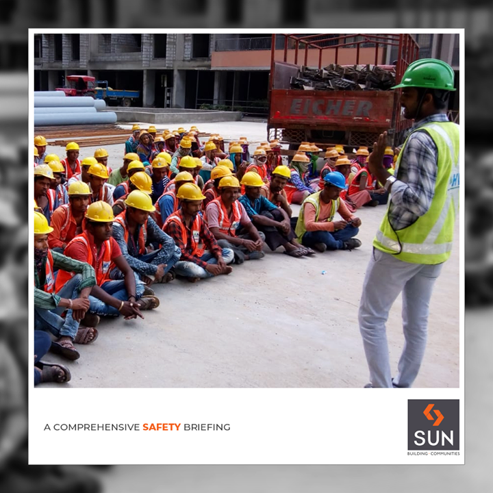 An effective safety briefing session!  #SafetySession #SunBuilders #RealEstate #Ahmedabad #RealEstateGujarat #Gujarat