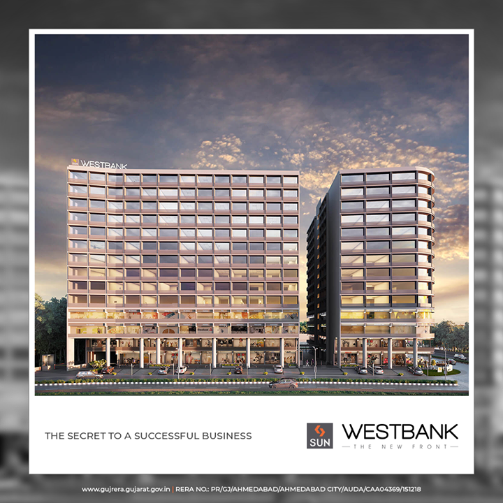 From its grand entrance experience to the imposing glass facade, every facet of West Bank ensures an inspiring work environment.  #SunWestBank #SunBuildersGroup #Ahmedabad #Gujarat #RealEstate #SunBuilders