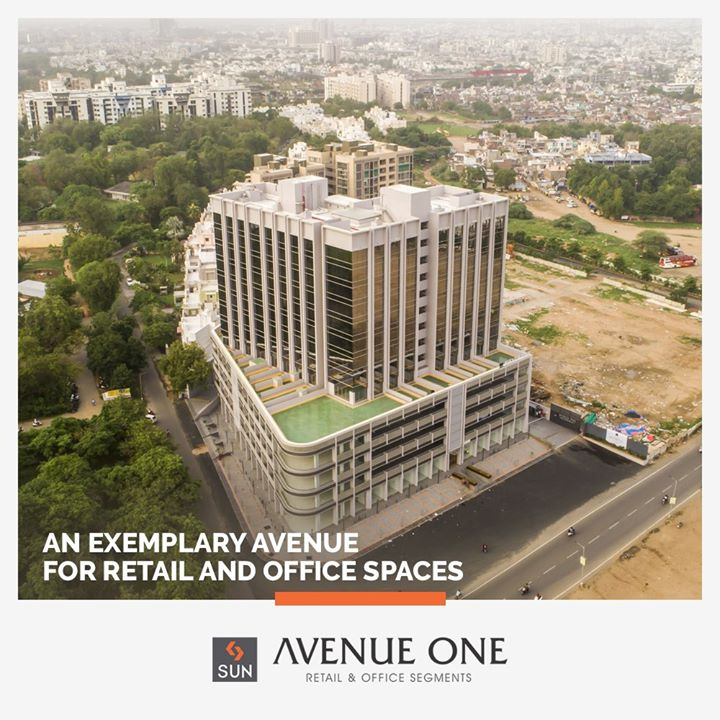 Sun Avenue One is a Venue for a Vision with 4 Storeys of Retail and 9 levels of Office Segments. Along with being well planned and brilliantly located, It is designed to Inspire Growth. The Office Spaces enhance Efficiency while Retail Spaces provide an Accentuating Experience with fantastic visibility.   #SunAvenueOne #Ahmedabad #SunBuildersGroup #Gujarat #RealEstate #SunBuilders #Manekbaug #Offices #Commercial #Retail