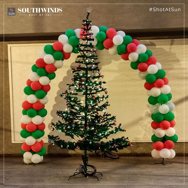 Witness the Joy of the Season by singing Christmas Carols and exchanging Gifts, which is incomplete without the love of family and friends.  Celebrating Christmas with our new residents aka our extended family at Sun South Winds.  #SunBuildersGroup #SunBuilders #SunSouthWinds #Residential #Retail #ChristmasCelebration #SouthBopal #SOBO #RealEstate #RealEstateAhmedabad #Ahmedabad #Gujarat #GujaratRealEstate #India