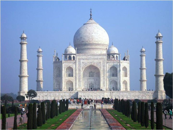 #ConstructionFact: Did you know that the four pillars of the Taj Mahal lean outwards?  This was done to ensure the tomb remains safe in face of any natural calamities like earthquake.